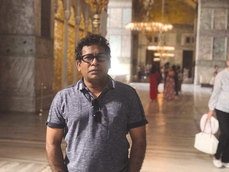 নিজের পুরস্কার প্রত্যাহার চান মোশাররফ