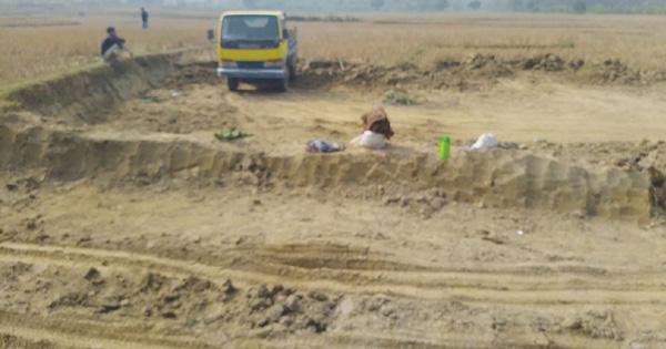 হাটহাজারীতে বিপর্যয়ের মুখে কৃষিজমি