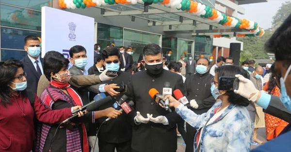 ভারতে টুরিস্ট ভিসা শীঘ্রই চালু: হাইকমিশনার