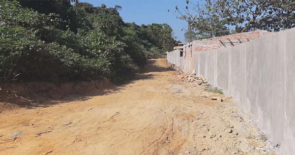 চন্দনাইশ: কাঞ্চননগরে পাকা সড়কের দাবি
