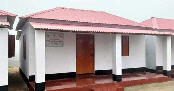সরাইলে প্রধানমন্ত্রীর উপহারের ঘর বিক্রি, দুই কর্মকর্তা বদলি